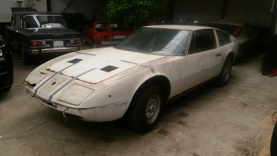 Maserati<br><span class='model'>Indy</span>
