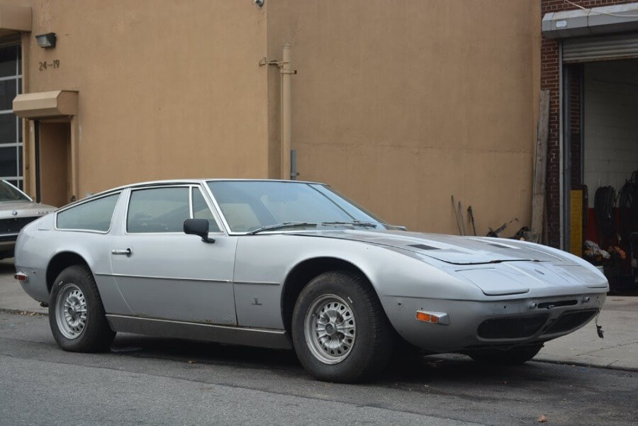 Maserati<br><span class='model'>Indy 1971</span>